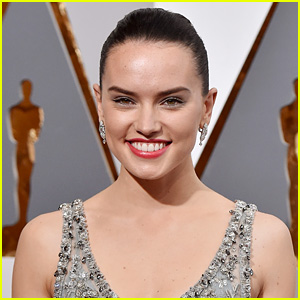 Daisy Ridley Being Considered for Lara Croft Role in 'Tomb Raider'!