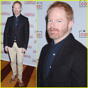 Jesse Tyler Ferguson Wants to Celebrate Opening Night of 'Fully Committed' With Fans