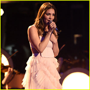 Katharine McPhee Returns to 'American Idol' for Stunning 'Over the Rainbow' Performance! (Video)