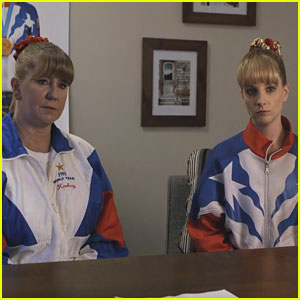 Melissa Rauch Responds to Negative 'The Bronze' Reviews with Tonya Harding's Help!