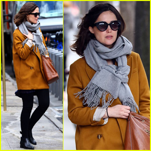 Rose Byrne Steps Out After Giving Birth to Baby Boy
