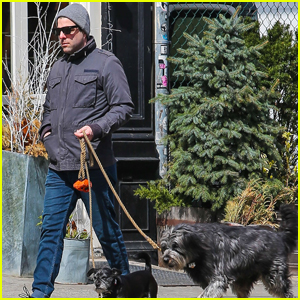 Zachary Quinto Steps Out After Closing 'Smokefalls' in NYC