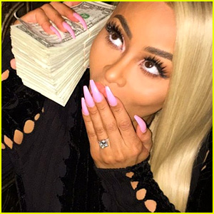 Blac Chyna's Engagement Ring From Rob Kardashian - All the Details!
