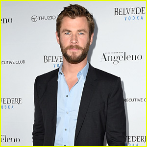 Chris Hemsworth Celebrates His 'Angeleno' Magazine Cover!
