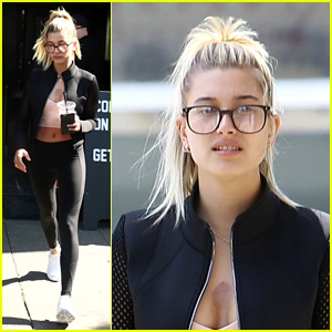 Hailey Baldwin Goes for Glasses on Coffee Run With Friends