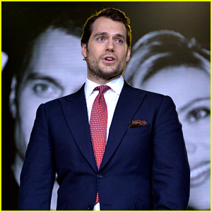 Henry Cavill Launches Huawei P9 Smartphone in London