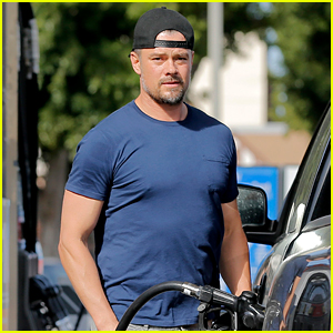 Josh Duhamel Flies with the U.S. Air Force Thunderbirds!