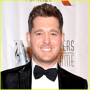 Michael Buble Reacts to Viral Photo of Him Eating Corn