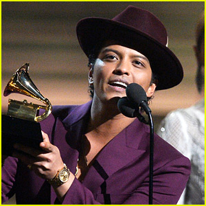 Bruno Mars on Watching Billboard Awards: 'I Really Miss Me'
