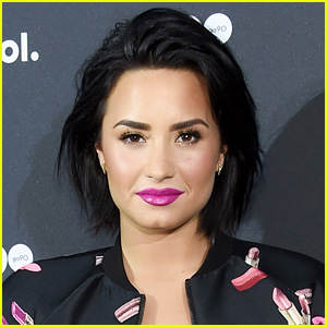 Demi Lovato Goes on Late-Night Twitter Rant Amid Nicki Minaj Feud