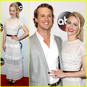 Johanna Braddy & Freddie Stroma Make Red Carpet Debut After Engagement News