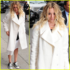 Kaley Cuoco Steps Out After Finalizing Her Divorce