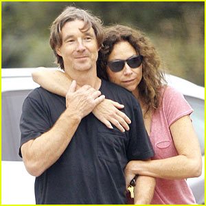 Minnie Driver & Boyfriend Neville Wakefield Pack on the PDA on Morning Hike