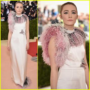 Saoirse Ronan Gets Feathery at Met Gala 2016