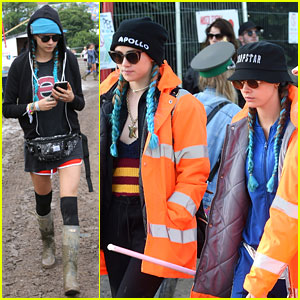 Cara Delevingne & Suki Waterhouse Wear Matching Blue Braids at Glastonbury!