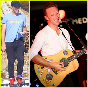 Chris Martin Says Rihanna Is the Frank Sinatra of Today