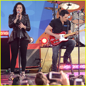 Demi Lovato Surprises 'Good Morning America' with Brad Paisley