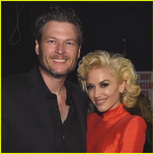 Gwen Stefani & Blake Shelton Pack on the PDA - See the Pics!