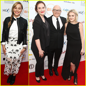 Heath Ledger's Father & Half-Sisters Unite At Scholarship Dinner!