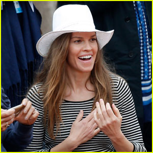 Hilary Swank Goes Without Engagement Ring at French Open