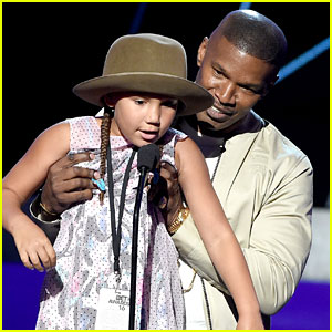 Jamie Foxx Brings Daughter Annalise on Stage at BET Awards 2016