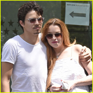 Lindsay Lohan & Egor Tarabasov Show Some PDA in Spain
