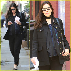 Liv Tyler Reunites with 'Crazy' Video Co-Star Alicia Silverstone!