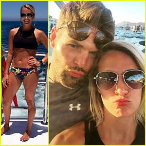 Carrie Underwood Wears Her Bikini Line at the Beach in Mexico