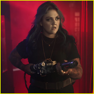 Elle King Is A 'Ghostbuster' In 'Good Girls' Music Video - Watch!