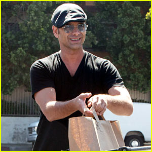John Stamos Is Stripping Down for 'Scream Queens' Season Two!