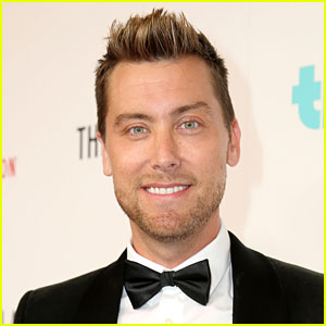 Logo Greenlights First Gay Reality Dating Show 'Finding Prince Charming,' Lance Bass to Host!