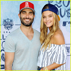 Tyler Hoechlin Talks About Playing Superman on 'Supergirl'
