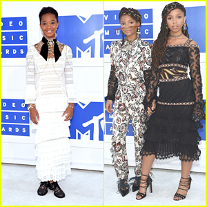 Quvenzhane Wallis & Chloe x Halle Join Beyonce at MTV VMAs 2016