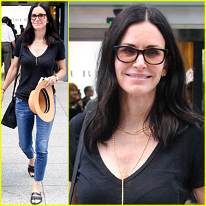 Courteney Cox Almost Ate Rotting Sheep Carcass on 'Running Wild'