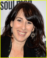 Janice From Friends (aka Maggie Wheeler) Doesn't Sound Anything Like Her Character!