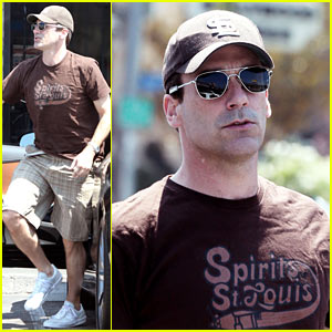 Jon Hamm Picks Up Some Doughnuts to Satisfy His Sweet Tooth
