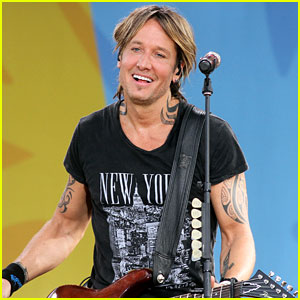 Keith Urban Performs His Hits on 'GMA' - Watch Now!