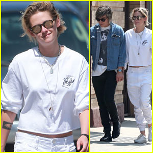 Kristen Stewart & Alicia Cargile Take Their Dog Shopping!