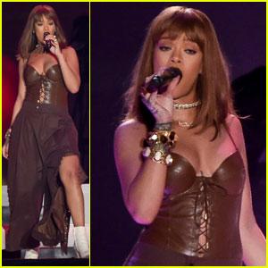 Rihanna Rocks Leather Corset While Headlining V Festival 2016