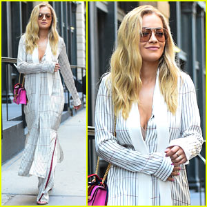Rita Ora Enjoys a Relaxing Day Off in NYC