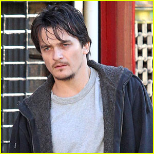 Rupert Friend Gets to Work on 'Homeland' Season 6