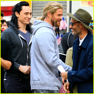 Chris Hemsworth & Tom Hiddleston Hang Out on 'Thor: Ragnarok' Set (Photos)