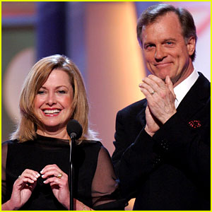 Catherine Hicks Will Do '7th Heaven' Reunion if Stephen Collins is Killed Off Show