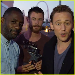 Chris Hemsworth & Idris Elba Crash Tom Hiddleston's Acceptance Speech - Watch Now!