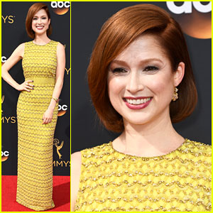 Ellie Kemper Brings Pop of Color to Emmys 2016 Red Carpet!