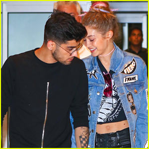 Gigi Hadid & Zayn Malik Show Cute PDA at JFK Airport!