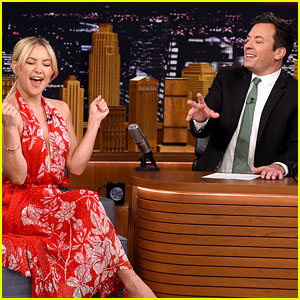 Kate Hudson Sings with Jimmy Fallon During Commercial Break!