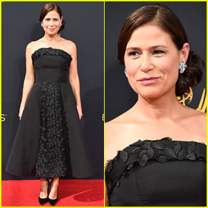 The Affair's Maura Tierney Gets All Glam for Emmys 2016