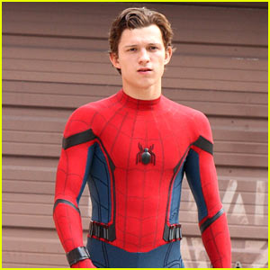 Tom Holland Looks Buff While Filming 'Spider-Man' in NYC