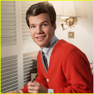 Bobby Vee Dead - 'Take Good Care of My Baby' Singer Dies at 73